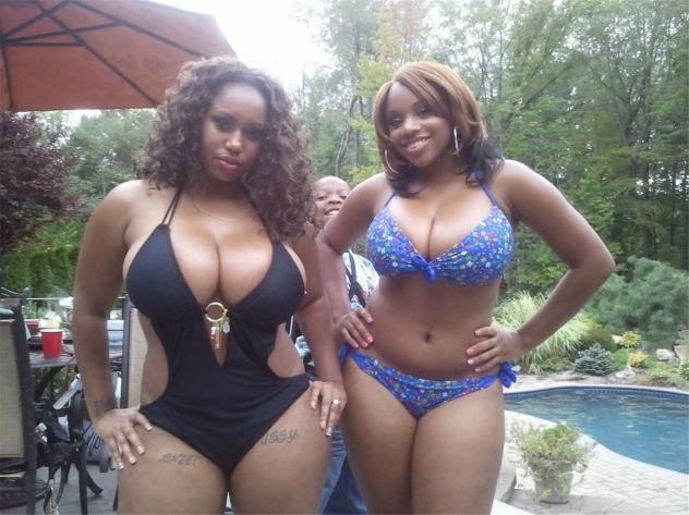 Busty Ebony Mom Porn