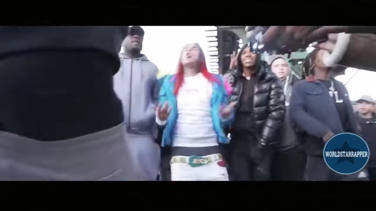 Watch 6IX9INE starring in KeKe ft. Fetty Wap & A Boogie Wit Da Hoodie (OFFICIAL MUSIC VIDEO)